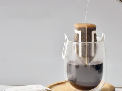 Cà phê phin giấy là gì? Phương pháp uống cà phê tiện lợi - Tiết kiệm thời gian